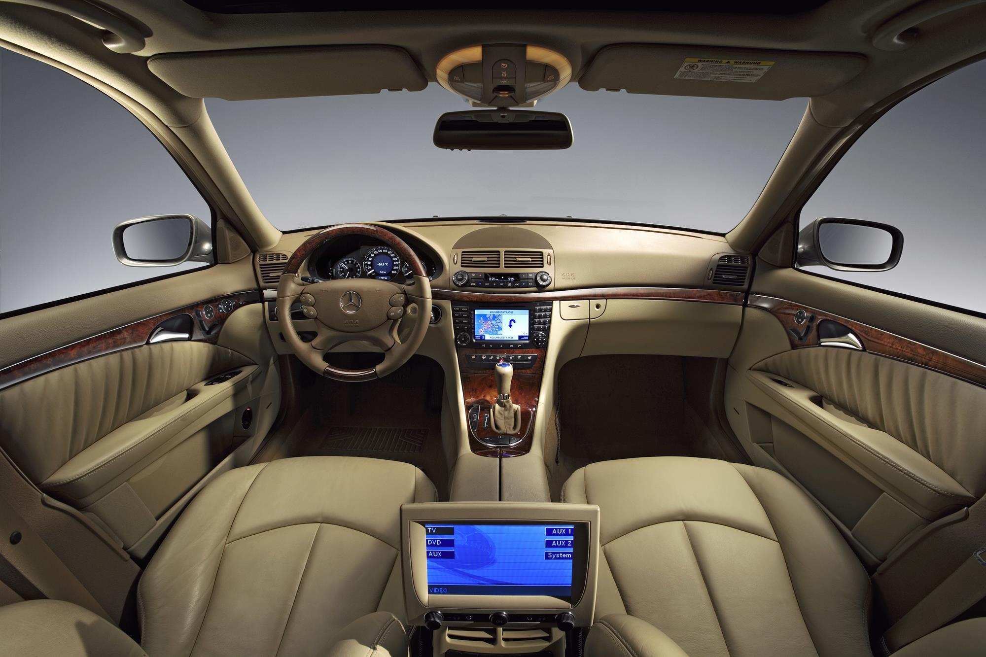 IT and software keep Daimler ahead in China | Article | automotiveIT